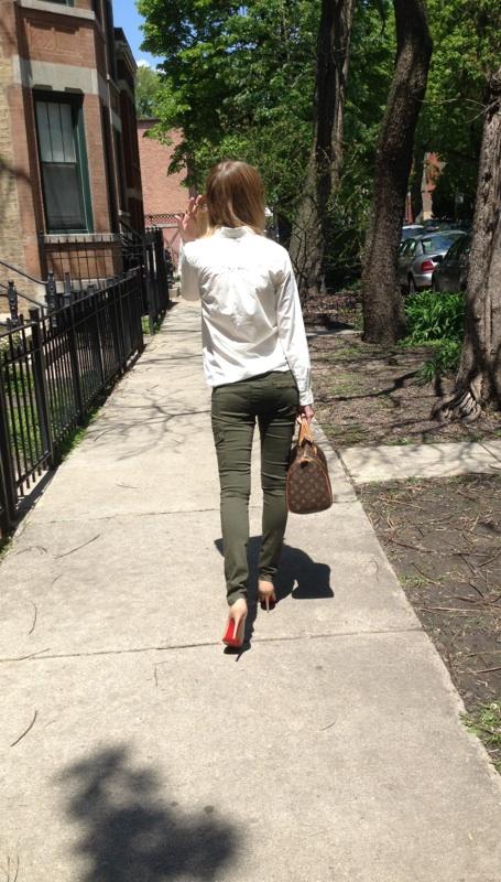 Love a beige heel. So versatile and a wardrobe must.
