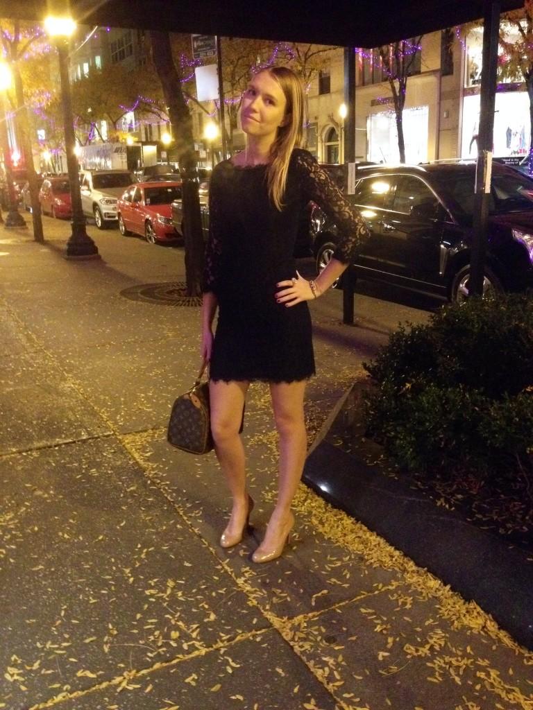 Dress: Diane Von Furstenberg; Shoes: Louboutin; Bag: Louis Vuitton.