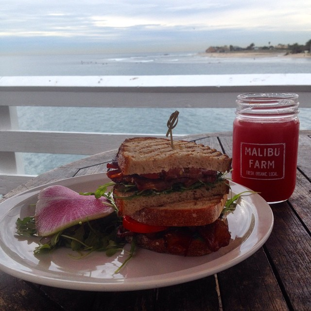 Lunch with a view. #malibu